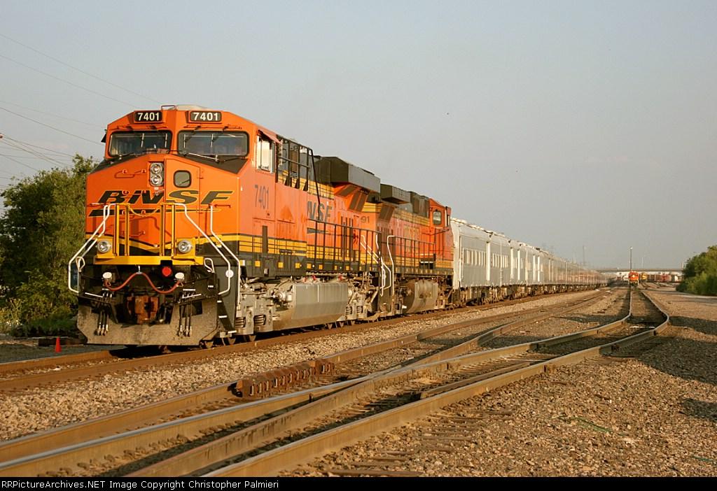 BNSF 7401