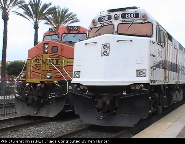 BNSF #7735 & Metrolink #800 sitting in the station.