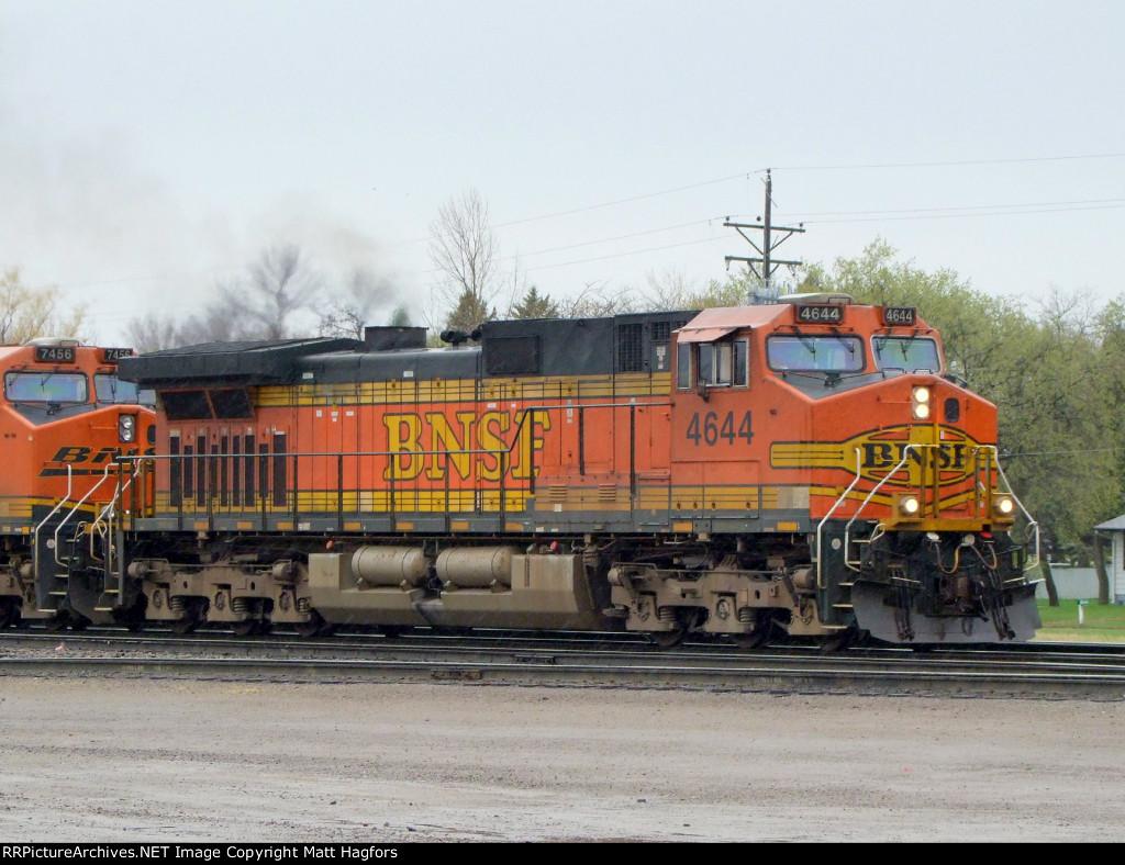 BNSF 4644