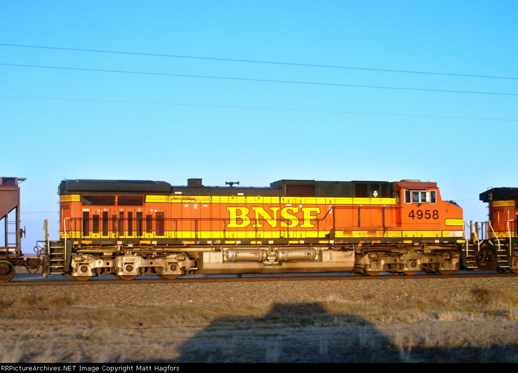 BNSF 4958