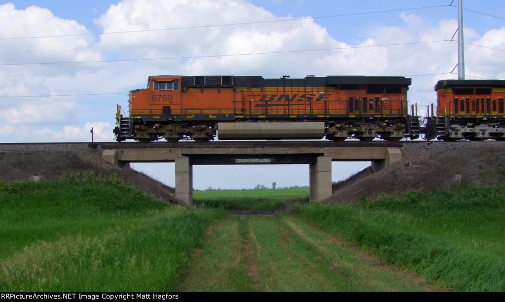 BNSF 6759
