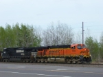 BNSF 7633