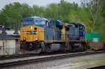 CSX 705 leads another WB intermodal through Dolton
