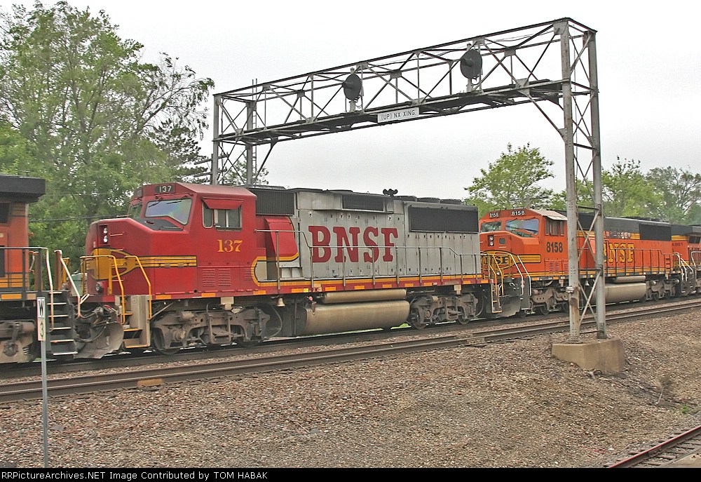 BNSF 137