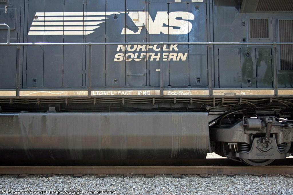 NS 7529