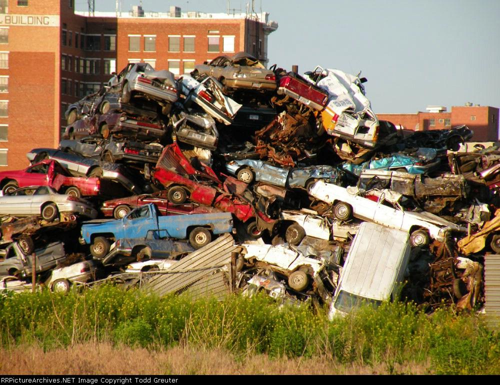 Scrapyard between Lincoln depot and Hobson yard
