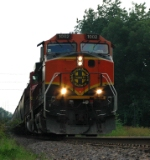 BNSF 1002 tugs on yet another grain train