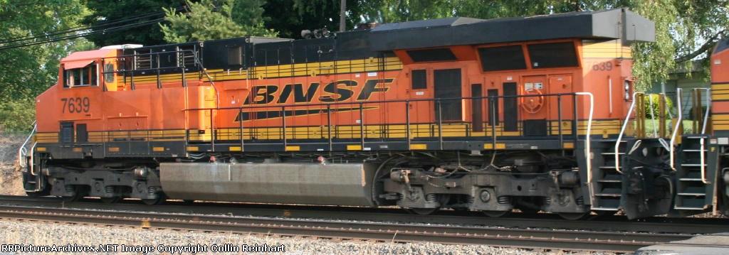 ES44DC 7639