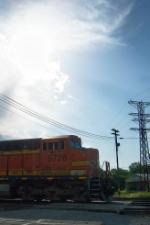 BNSF 5728 in the sun