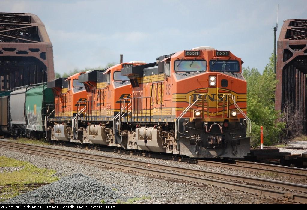 BNSF 5331, 5874 & 5952