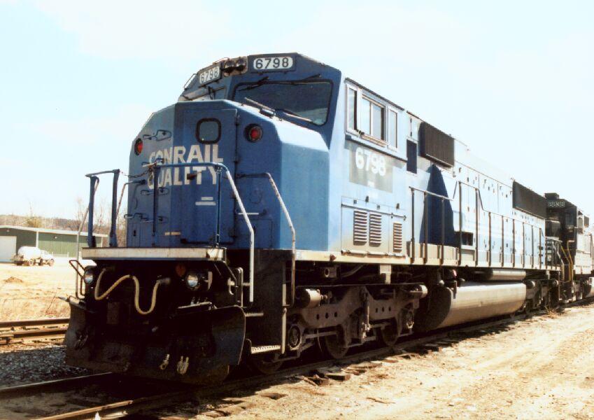 NS 6798 heads up a coal train
