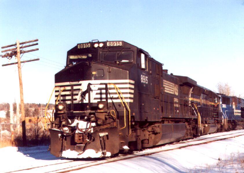 NS 8915 leads a coal train