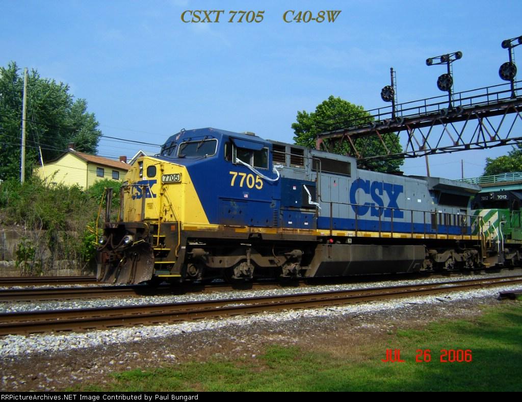 CSX 7705   C40-8W    07/26/2006
