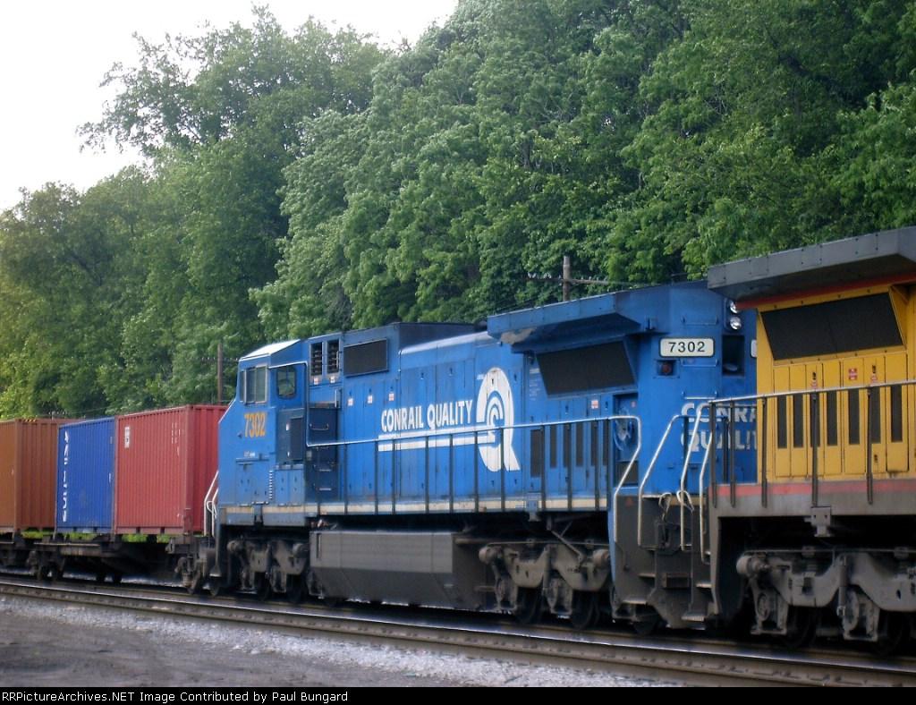 CSXT  7302   C40-8W