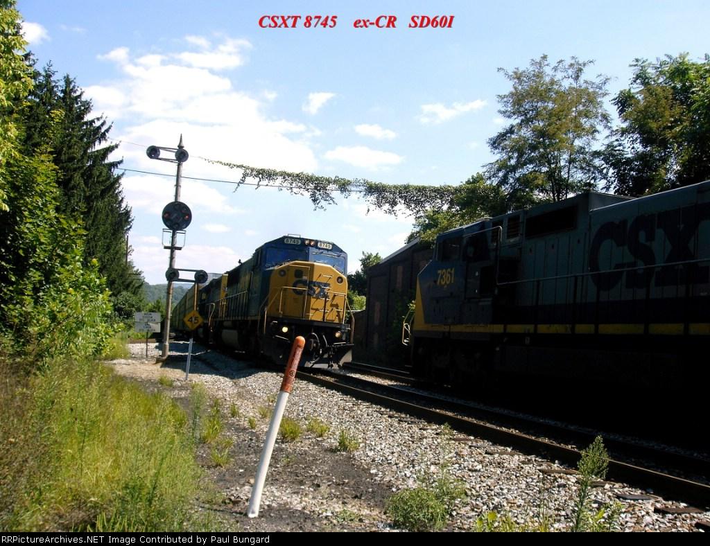 CSX 8745  ex-CR  SD60I