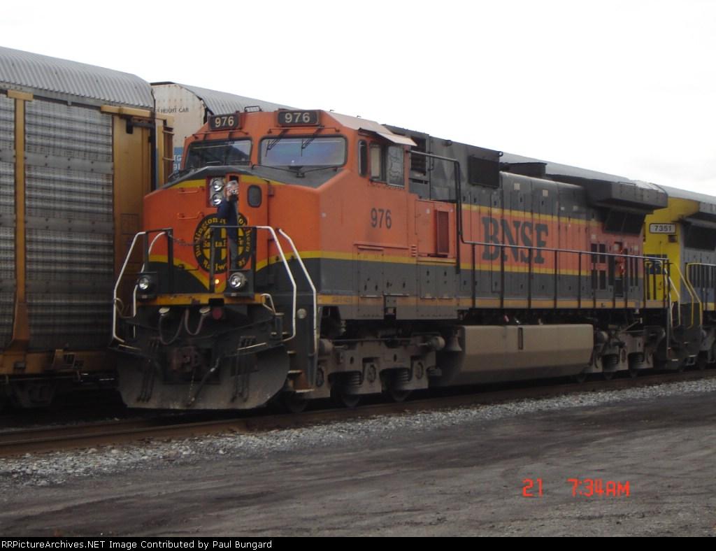 BNSF 976   C44-9W   03/21/2006