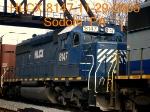 HLCX 8147  Ex- BN  SD40-2   11/29/2005