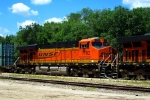 Here's a closeup of BNSF 7762.