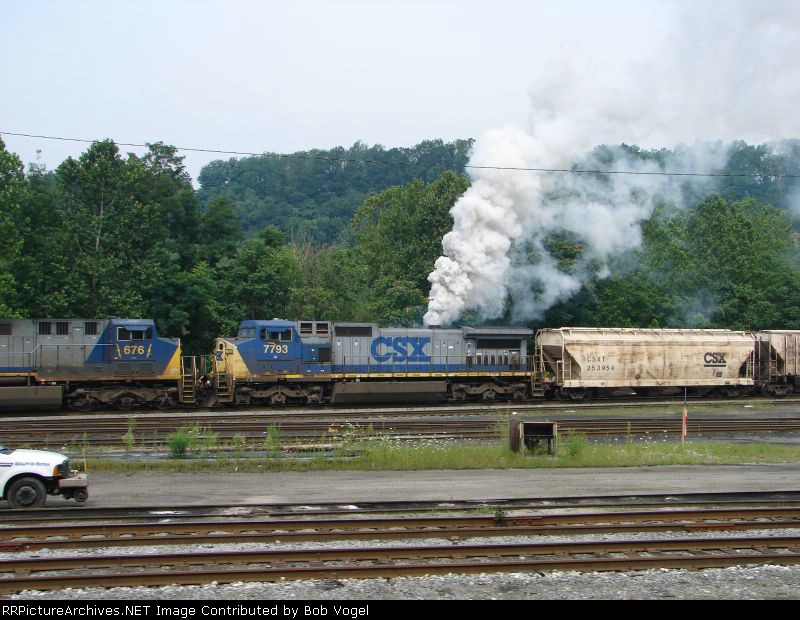 CSX 676 and 7793
