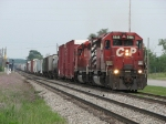 CP 5916 & 6025 accelerate westward with X741-18
