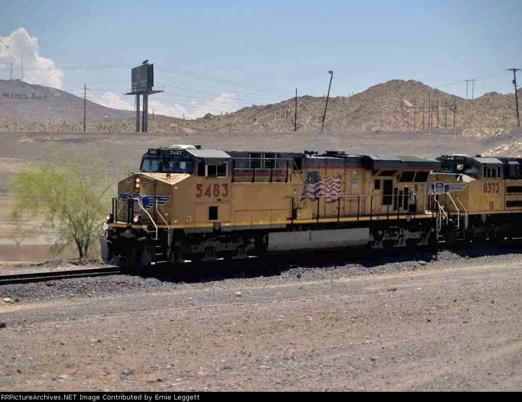 UP 5483 leads a WB doublestack at 11:30am