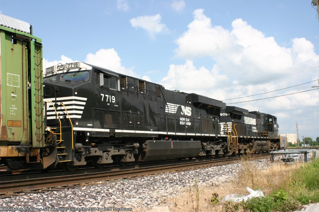 NS 7719  with a short autorack train waits to head east on the NS Decauter Sub.