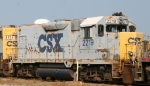 CSX 2219 heads south out of Florence Yard