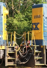 CSX 2355 shows the connections between the slug and parent