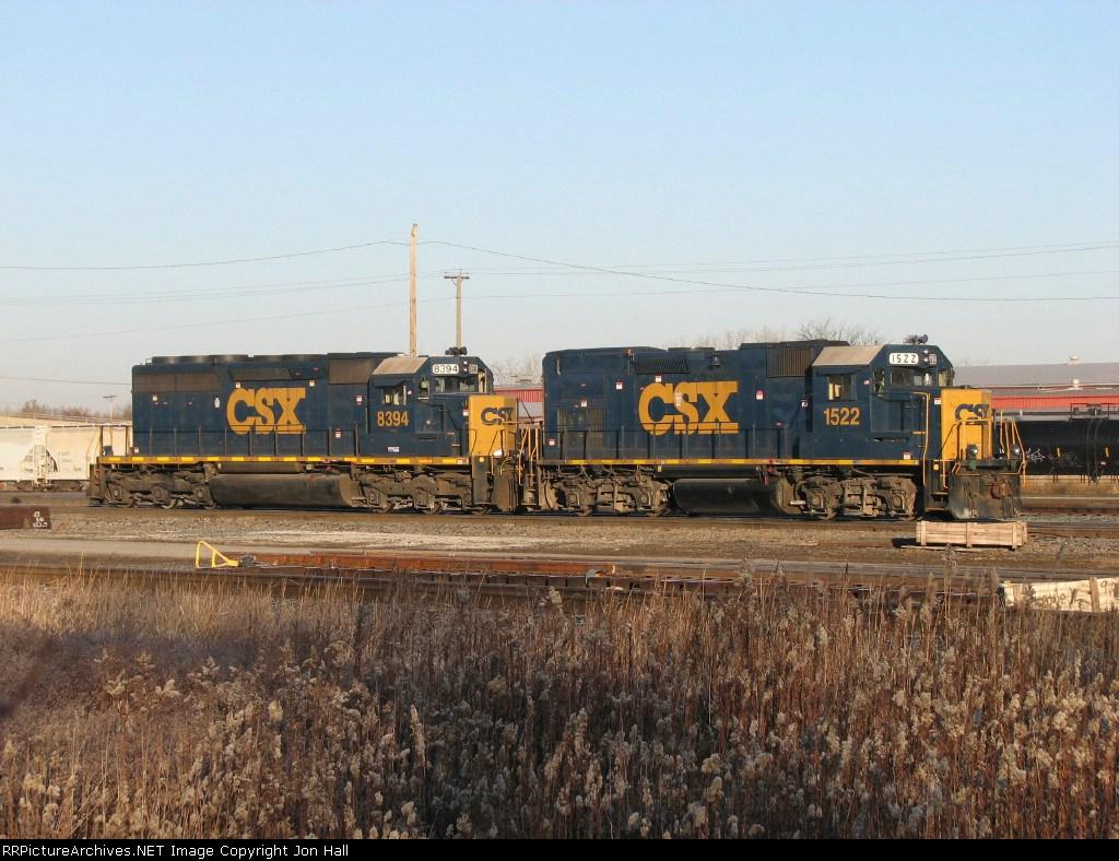 CSX 1522 & 8394