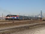 403 shoves its train inbound towards the city