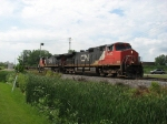 CN 2580 & 2578 race northward with Q117