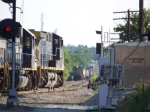 CSX 518 leads G774 southbound unit grain into Morgantown siding 7/2/08