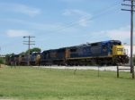 CSX 7627 with Q525 south waits for a clear signal just short of Memphis Jct Rd