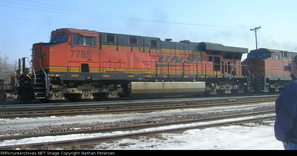 BNSF 7785