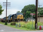 CSX 5439 leads Q525 southbound at Cherry Street near MP 134 7/25/08
