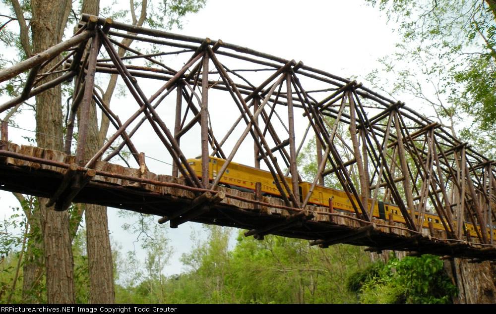 Lauritzen Garden Train