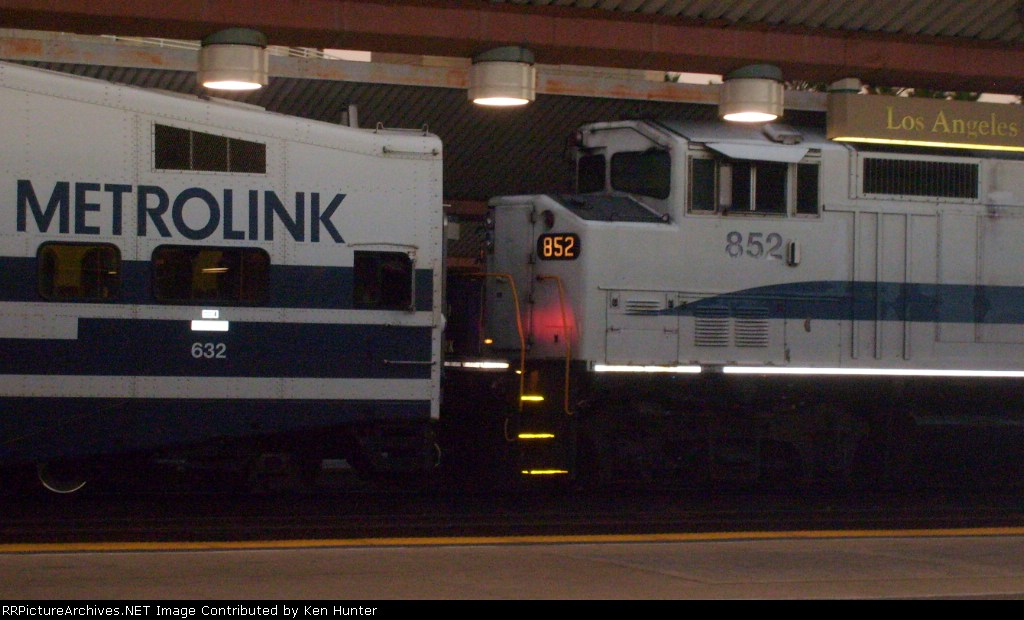 Cabcar #632 and Engine #852 couple together