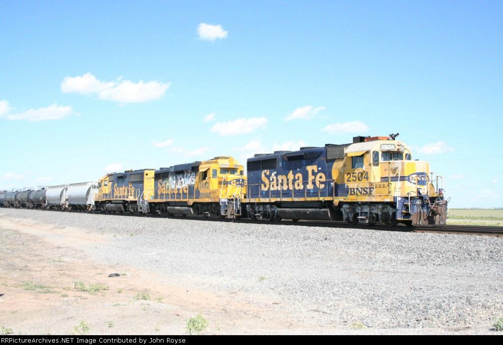 BNSF 2504 leads Santa Fe mates at St. Francis