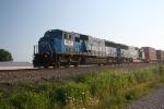 Fomer Conrails lead an EB NS