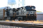 West bound NS 9250, 8977