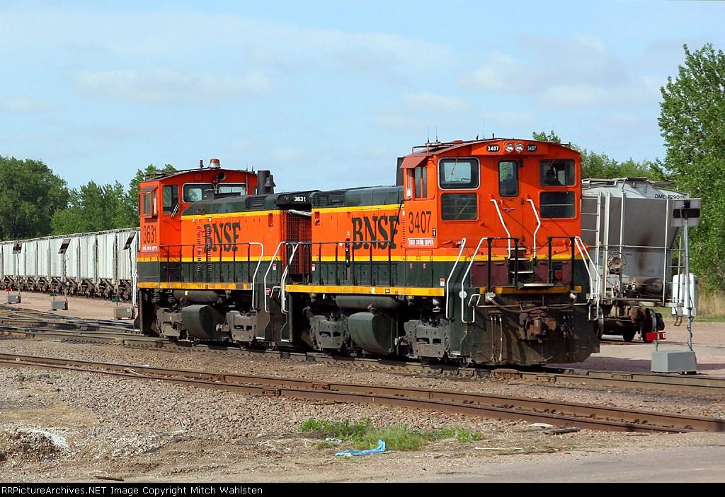 BNSF 3407