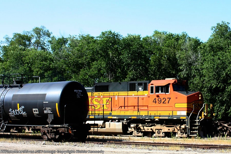 BNSF C44-9W 4927 emerges with an eastbound.