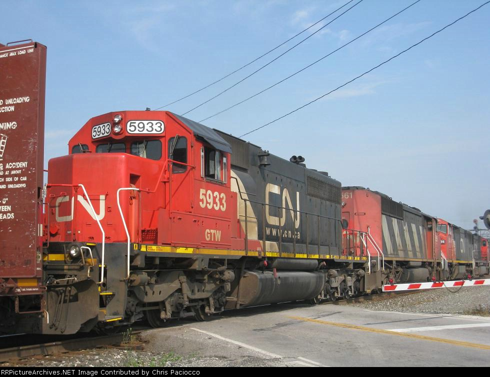 GTW 5933 Trailing On NS 353