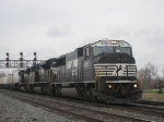 NS 6787 With Eastbound TOFC