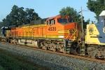 BNSF 4539/CSXT Q275