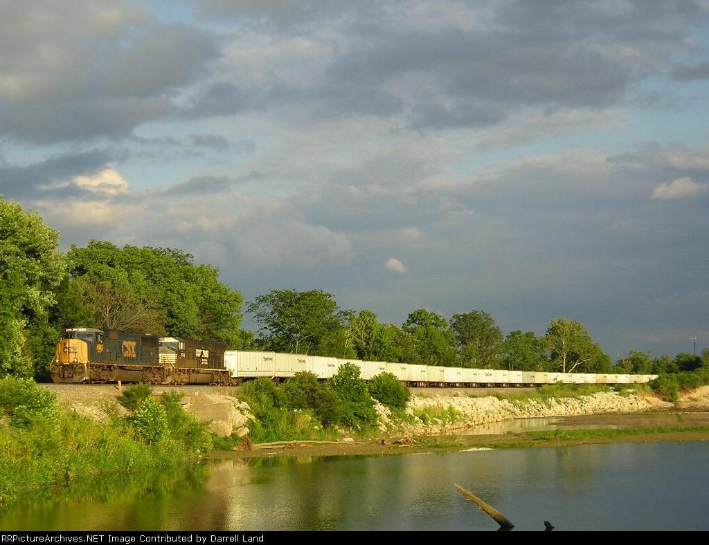 CSXT 4543 On NS 264 Westbound