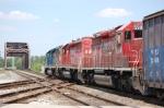 CSX 8800, CP 5907 & 5995