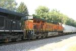 BNSF 7509/NS 375
