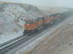 BNSF 5486 battling the mountain snow