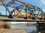 BNSF 553 B40-8W crossing the Yellowstone River
